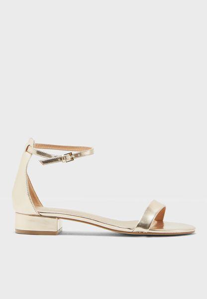 Angilia Flat Sandals