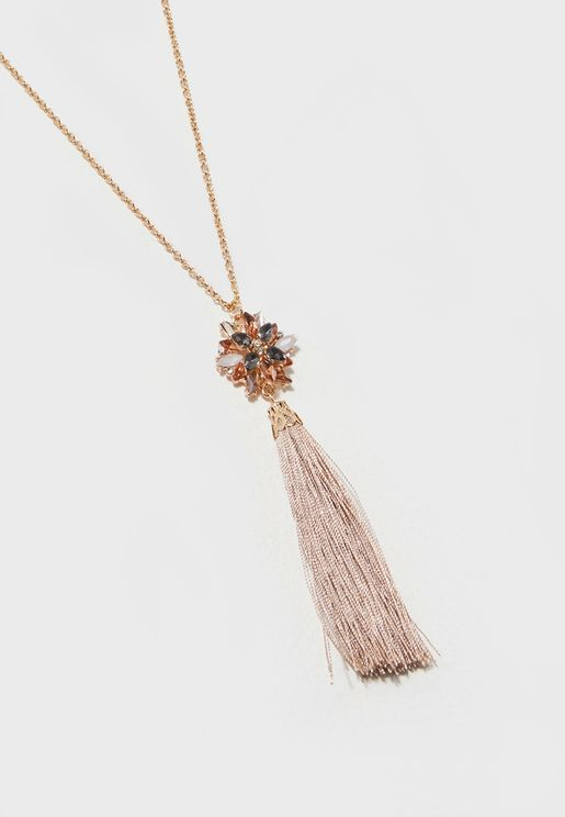 Pretty Stone Necklace With Pendant
