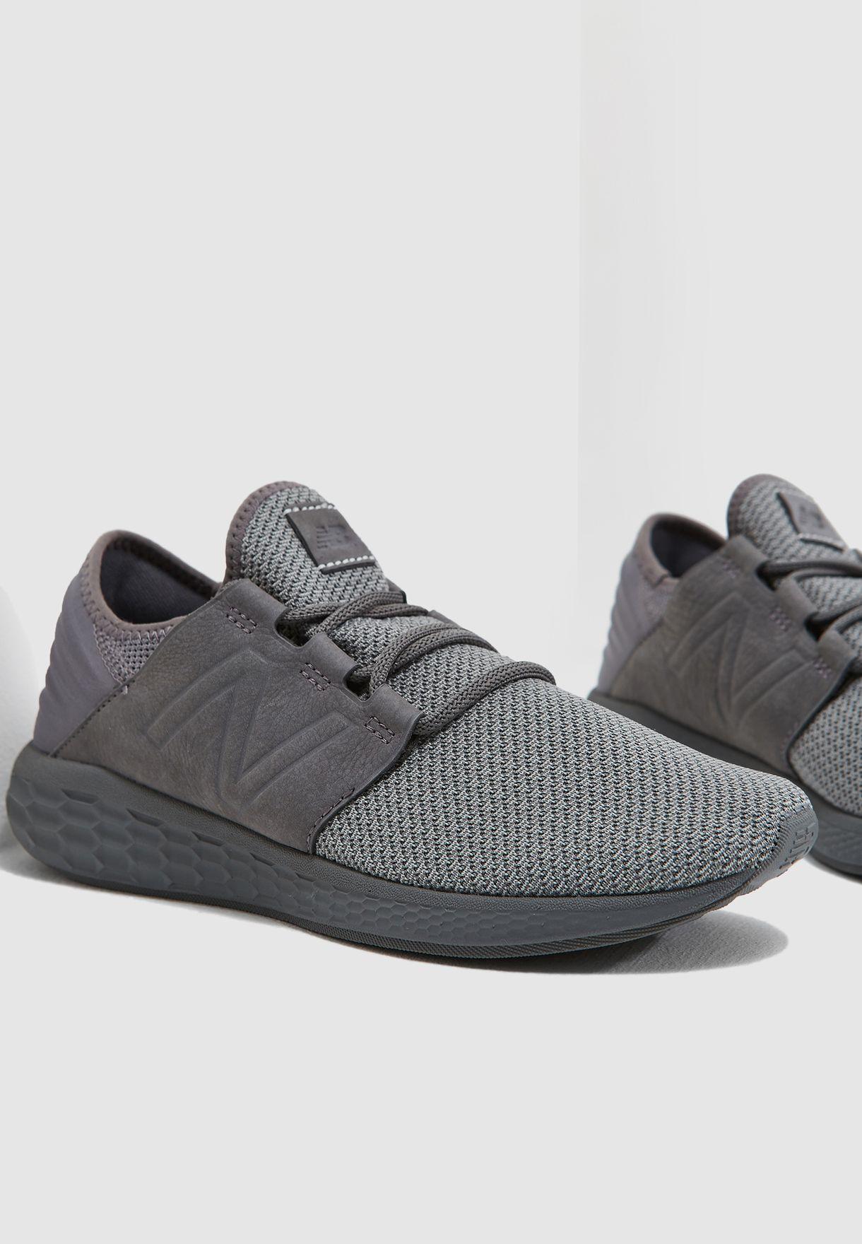 edf05de53 تسوق حذاء كروز ان بي كيه ماركة نيو بالانس لون رمادي MCRUZNG2 في ...