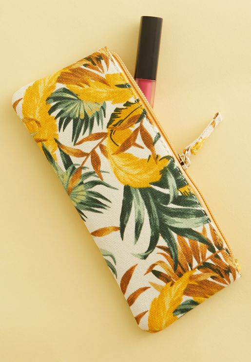 Mini Banana Leaf Cosmetic Case
