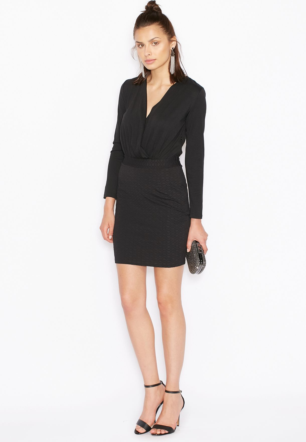 e6c611478ed2f تسوق فستان لف ماركة جينجر لون أسود في الامارات - GI121AT23SIQ
