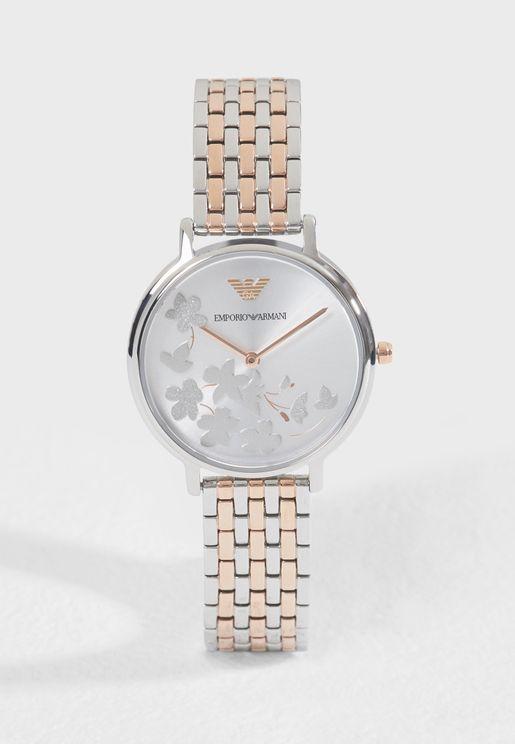 ساعة بتصميم مميز