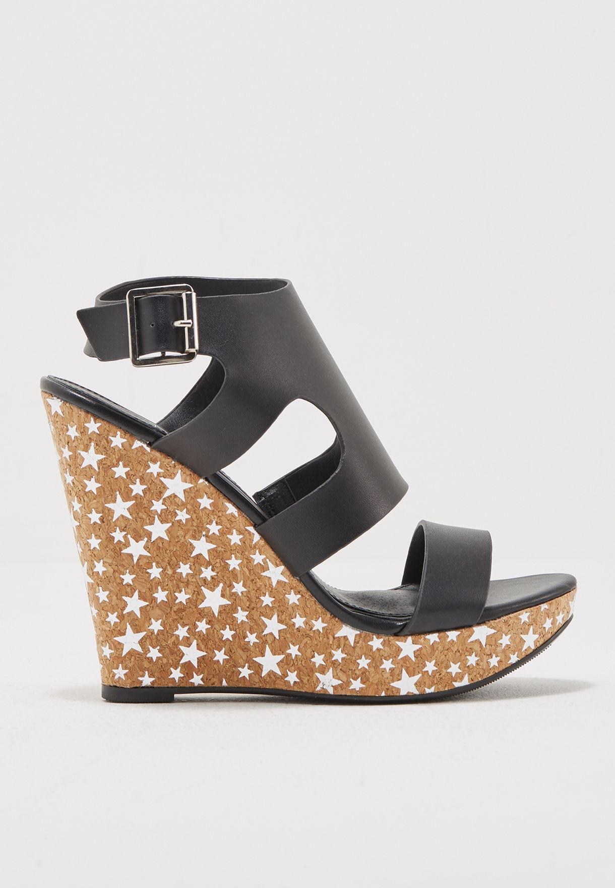 e8d83eb972c6 Shop Missguided black Black Star Printed Wedges F1606424 for Women ...