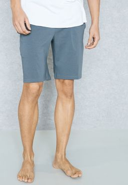 Esential Shorts