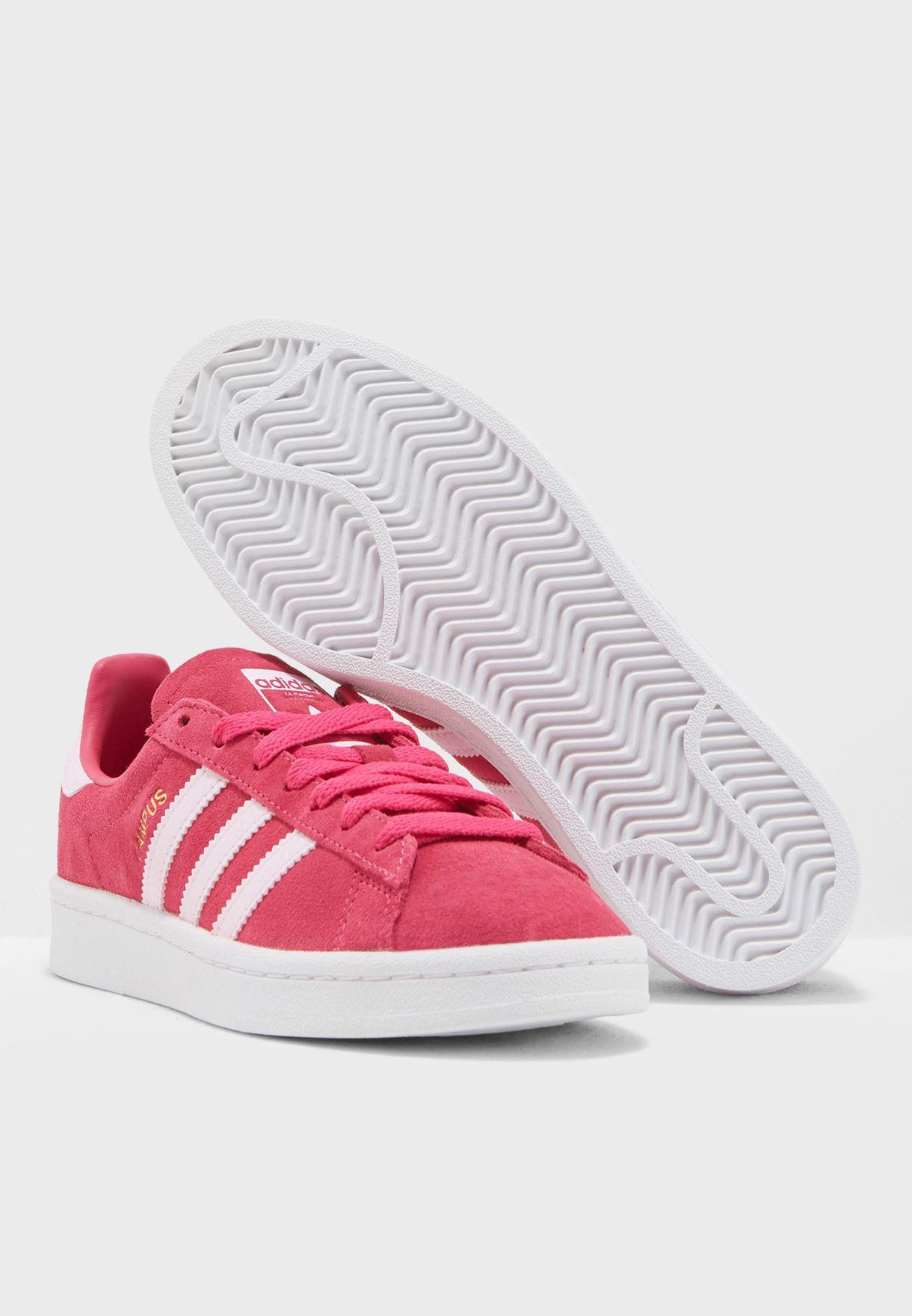 حذاء كامبس