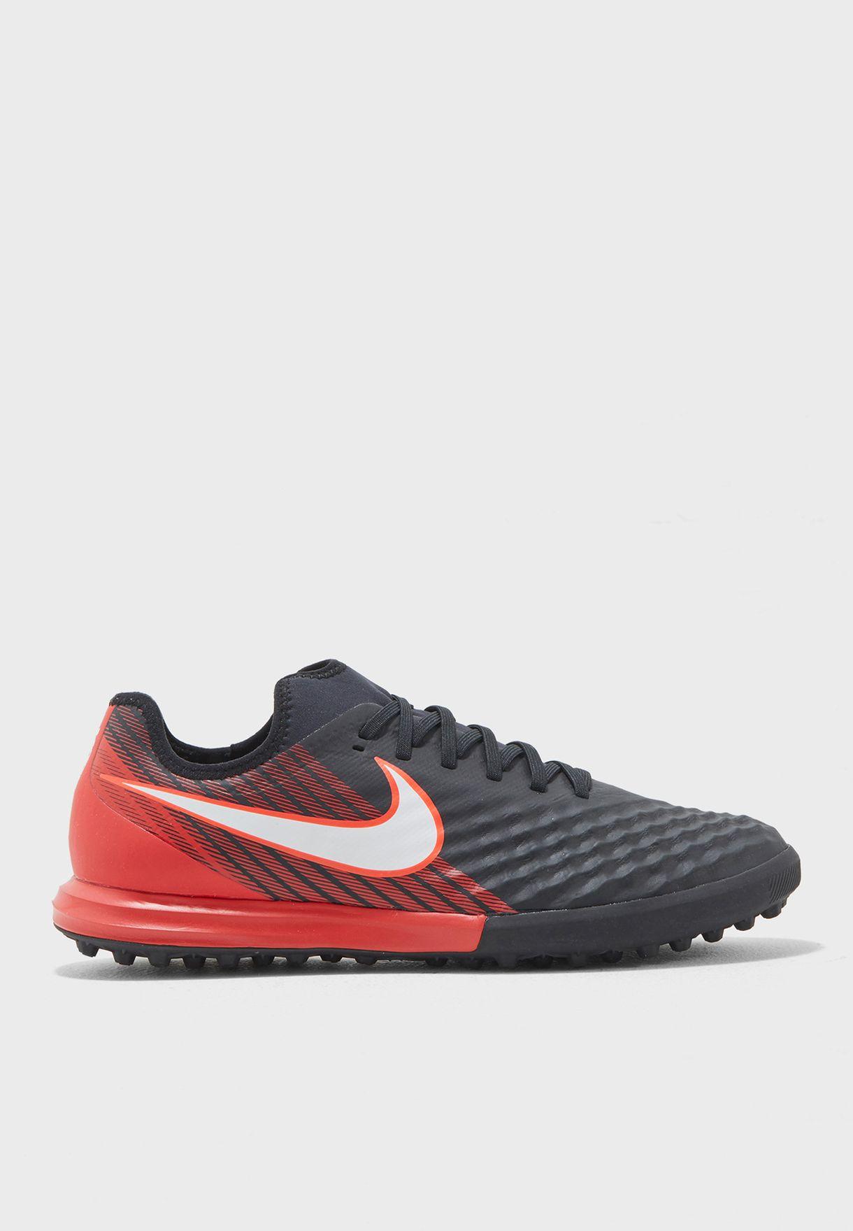 6a39f1793fc2 Shop Nike black Magistax Finale II TF 844446-061 for Men in Saudi ...