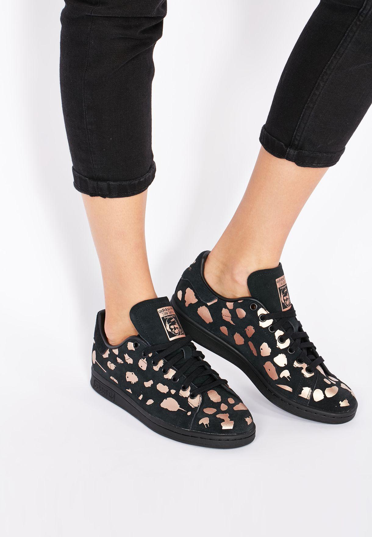 Shop adidas Originals prints Stan Smith S32265 for Women in UAE ... ac634e740