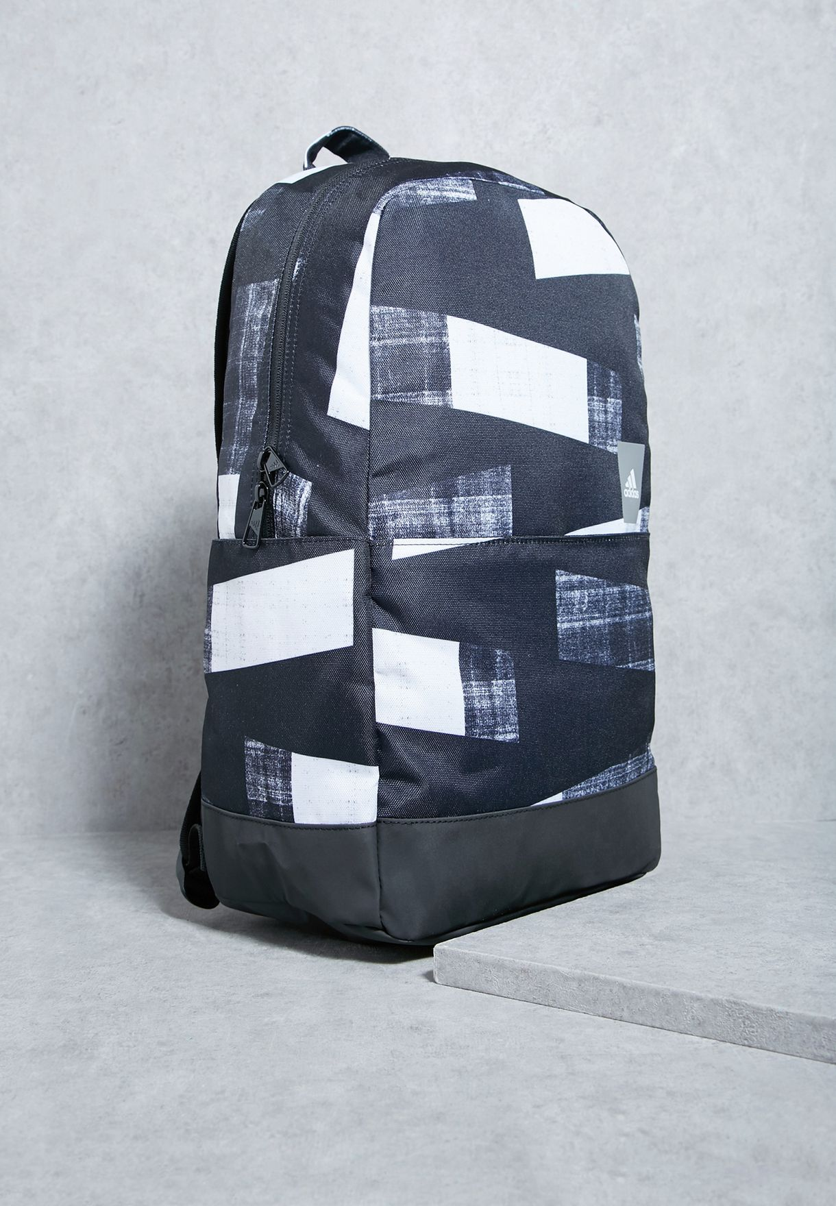 Shop adidas prints Classic Graphic Backpack BR1548 for Men in Qatar -  AD476AC13TDY fd811fe54468c