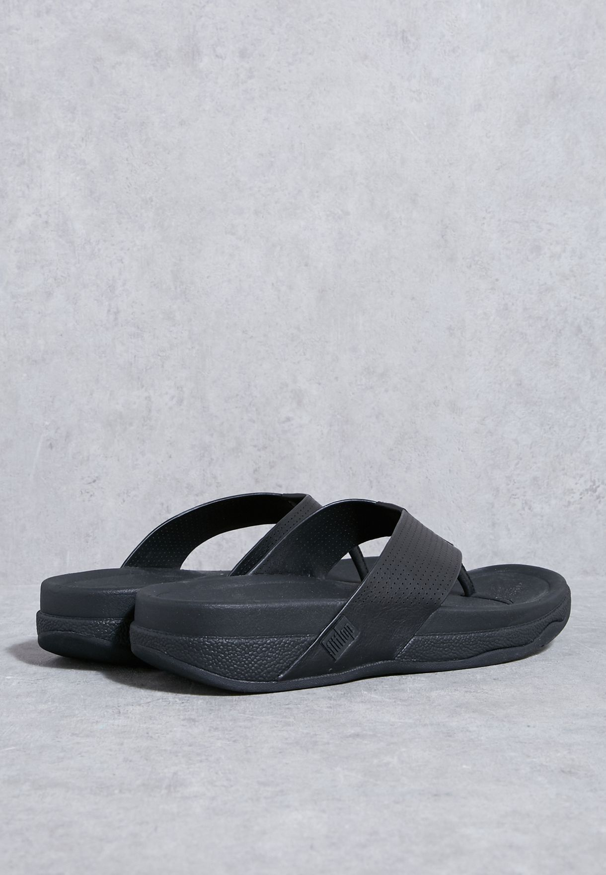 cb5f8bbcae51 Shop Fitflop black Surfer Perf Sandals C06-001 for Men in UAE ...