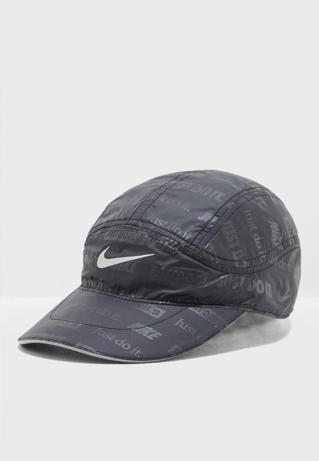 Shop Nike black Tailwind Flash Cap AR1079-010 for Men in Qatar -  NI727AC13LUG 8946bdc63e7