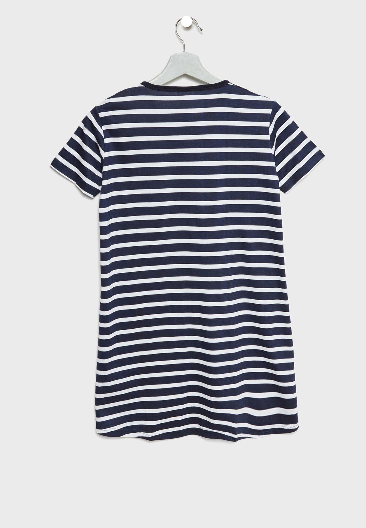 قميص نوم اطفال بخطوط