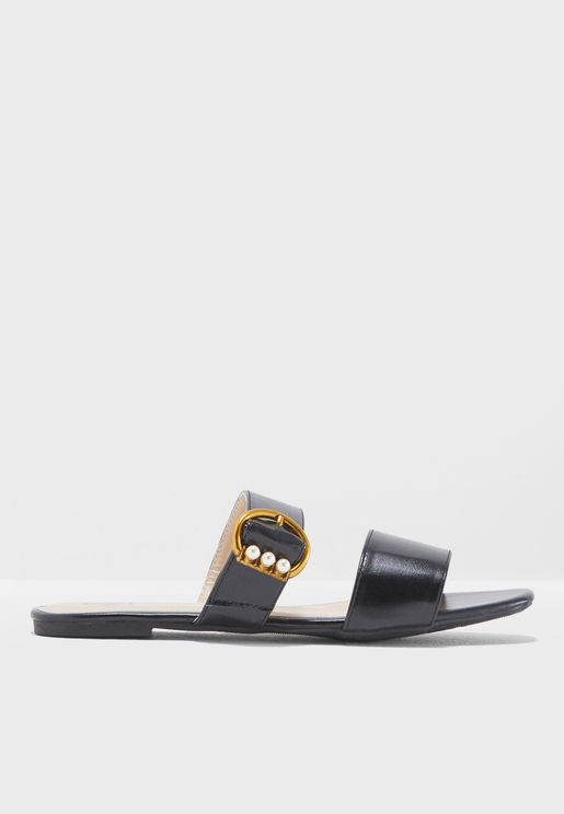 Agnes Flat Sandals