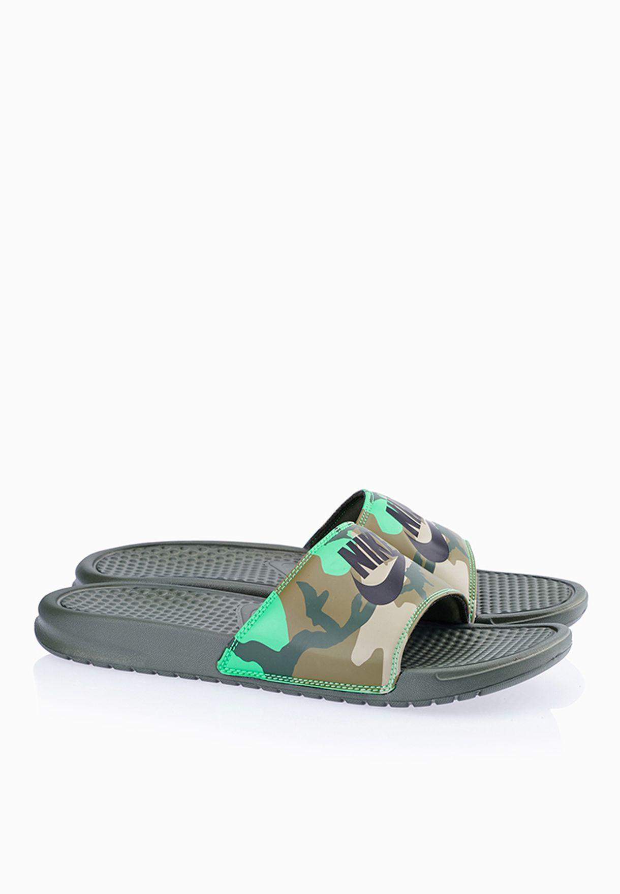 bad3dd05c28f Shop Nike prints Benassi JDI Print 631261-323 for Men in Saudi -  NI727SH03FHC
