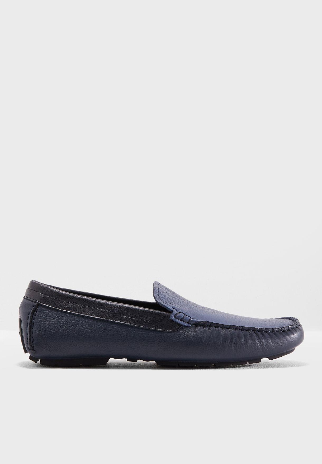009fb2f62e351 Shop Tommy Hilfiger blue Colour Block Loafers FM0FM01614-902 for Men ...