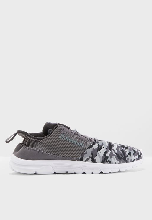 حذاء إيم إم تي