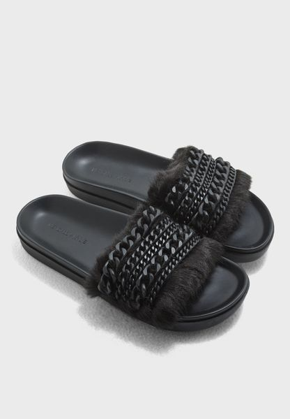 Chain and Faux Fur Slide