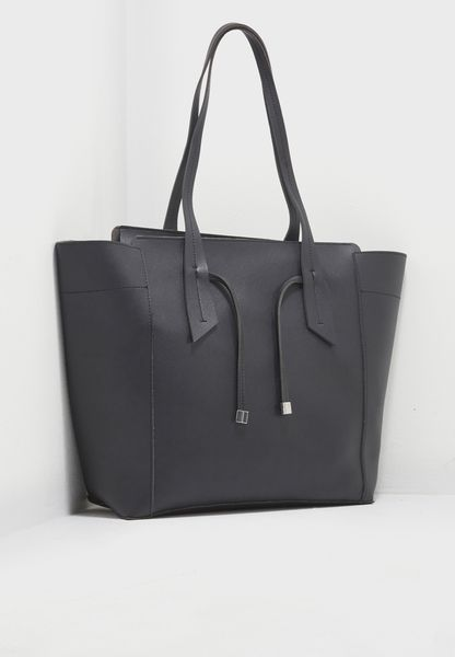 Knotted Sleek Tote