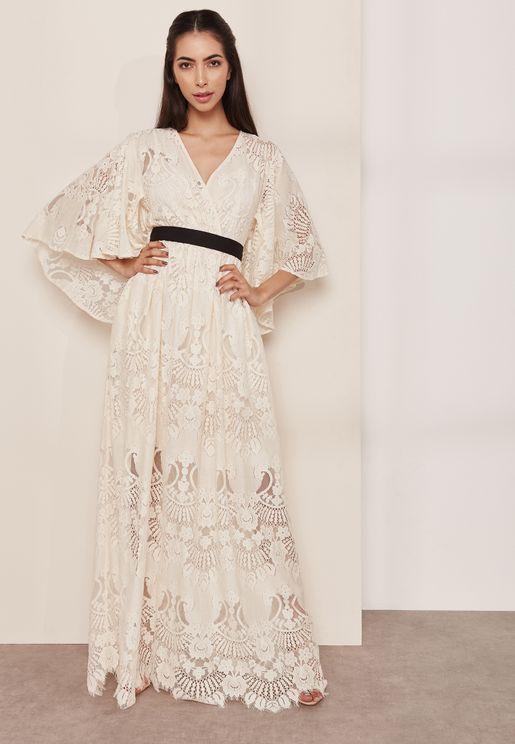 فستان مكسي بالدانتيل