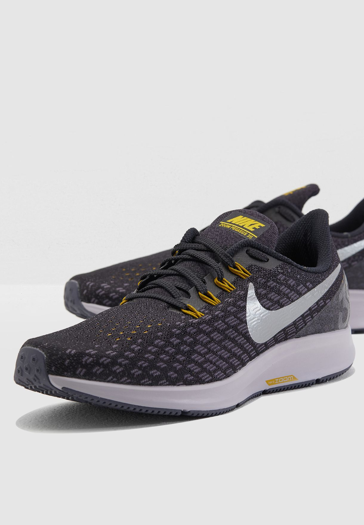 ad80038b45d Shop Nike black Air Zoom Pegasus 35 942851-013 for Men in Saudi ...
