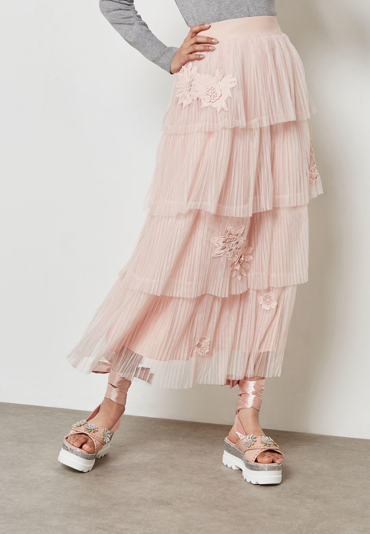 5de9693c1 Shop Anotah pink Flower Applique Tiered Pleated Skirt 18SSSKI ...