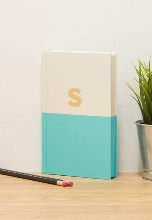 دفتر يوميات مزين بحرف S