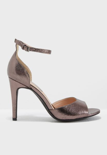 Shay Heel Sandal