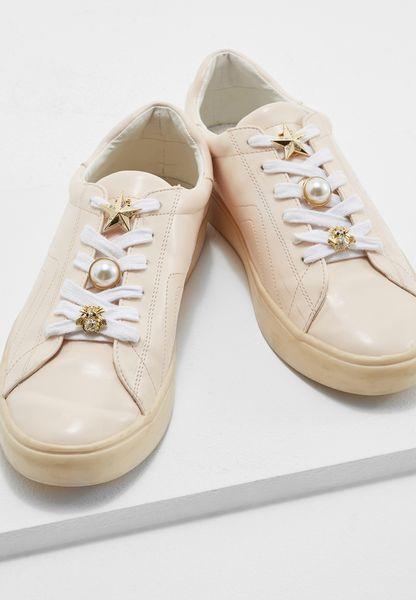 Akatsi Shoe Clip