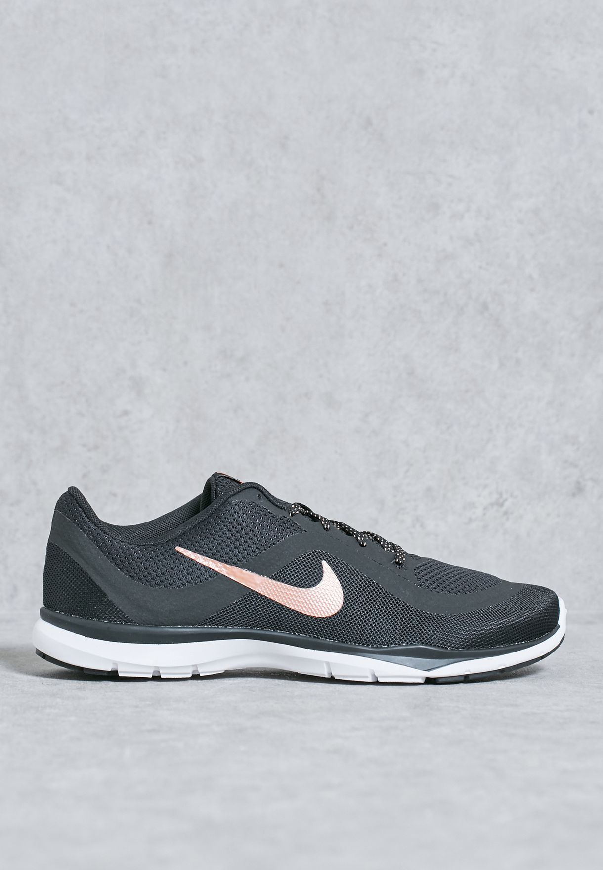 7d78e1e6014a9 Shop Nike black Flex Trainer 6 831217-006 for Women in UAE ...