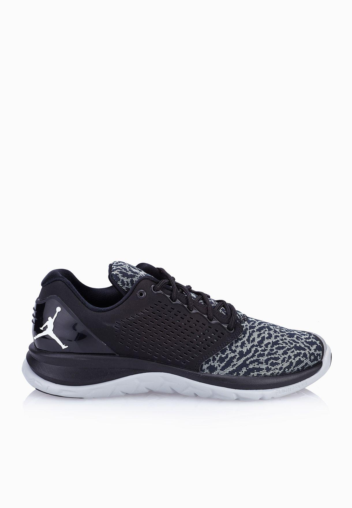 1d3266d0abc97 Shop Nike black Jordan Flight Runner 3 820253-010 for Men in UAE ...