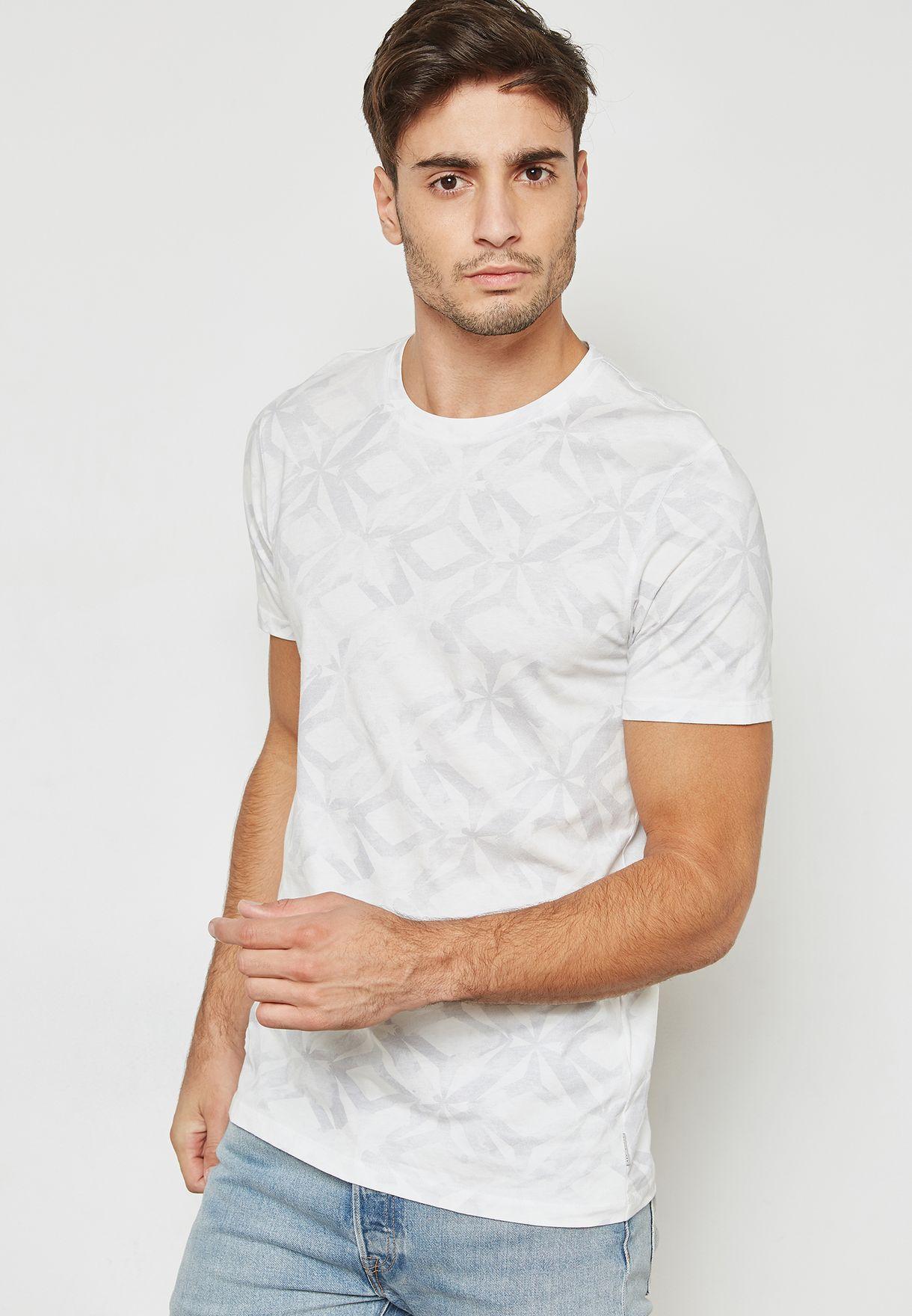 546b0e8ebbab17 Shop Ted baker prints Woof Geo Print T-Shirt 141493 for Men in Qatar -  TE456AT72QSX