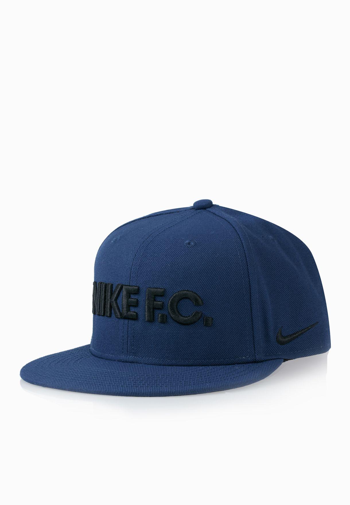 67689e3f794 Shop Nike blue F.C. True Snapback Cap 715621-410 for Men in Kuwait -  NI727AC62CCZ