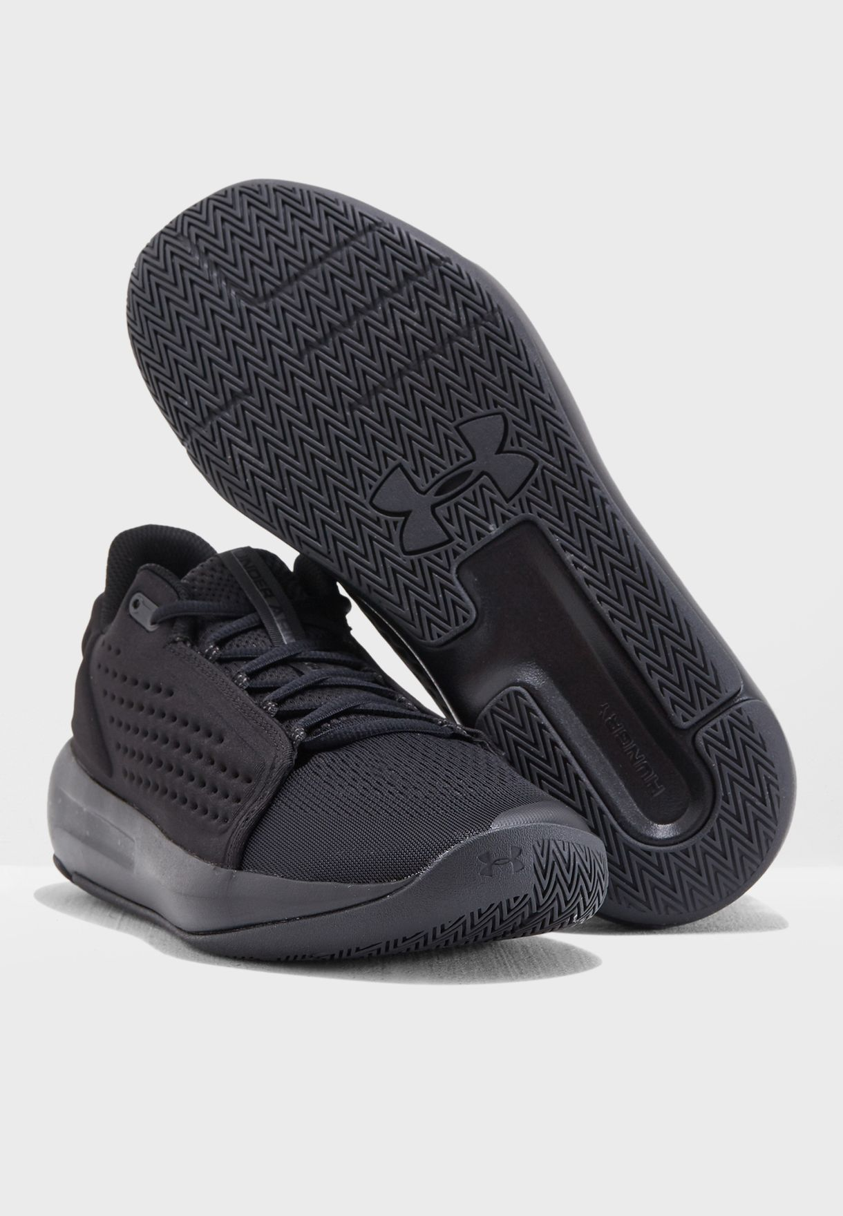 202065d064dd Shop Under Armour black Torch Low 3020621-001 for Men in UAE ...