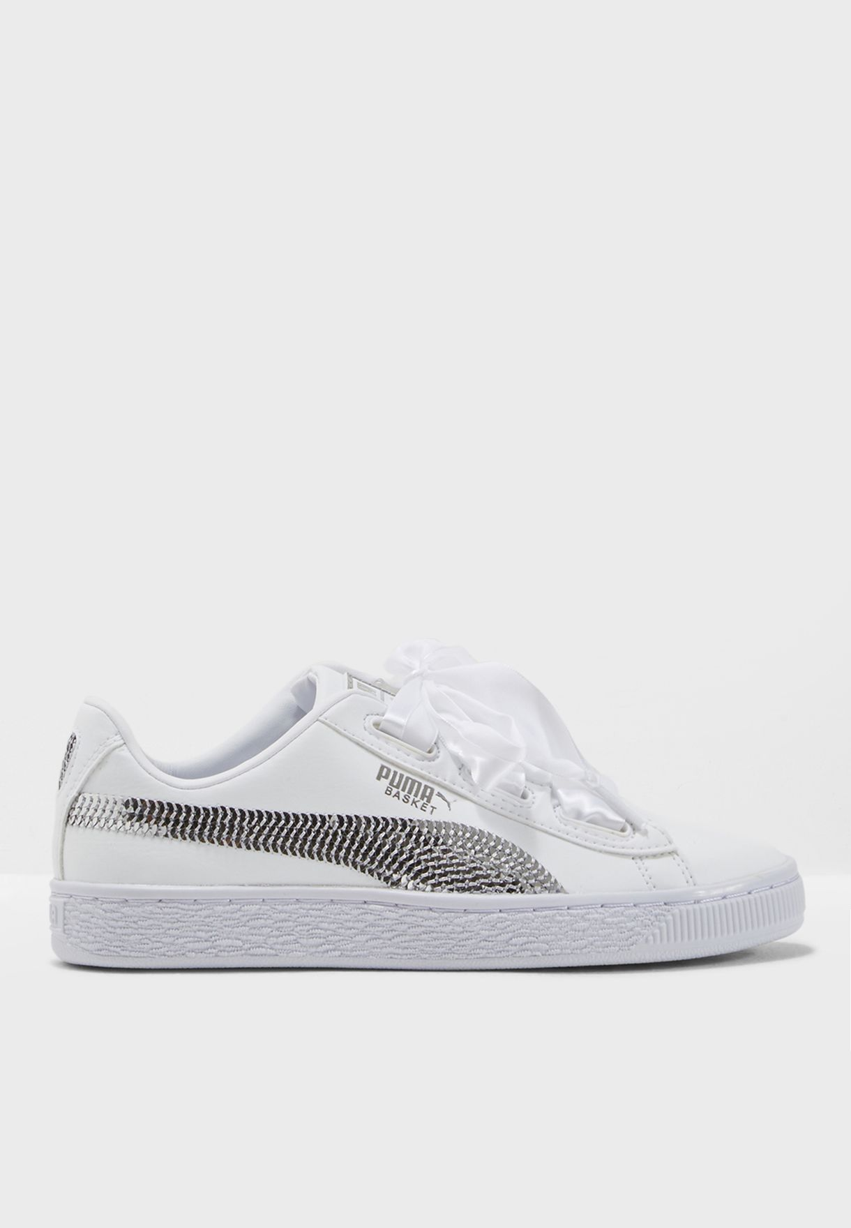 7894a7fa6 Shop PUMA white Youth Basket Heart Bling 36684702 for Kids in UAE ...