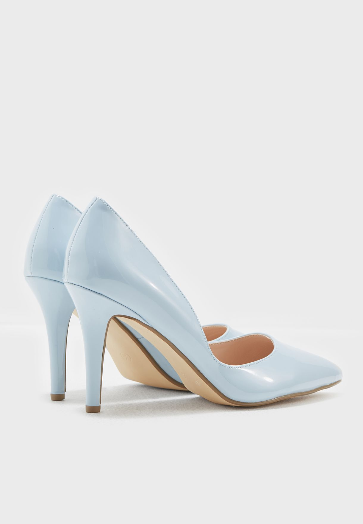 Pointed Court Patent Pumps