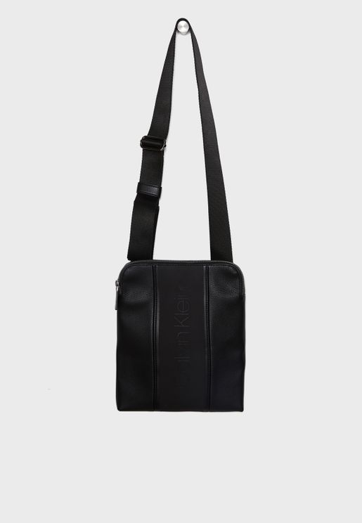 Strike Flat Crossover Bag