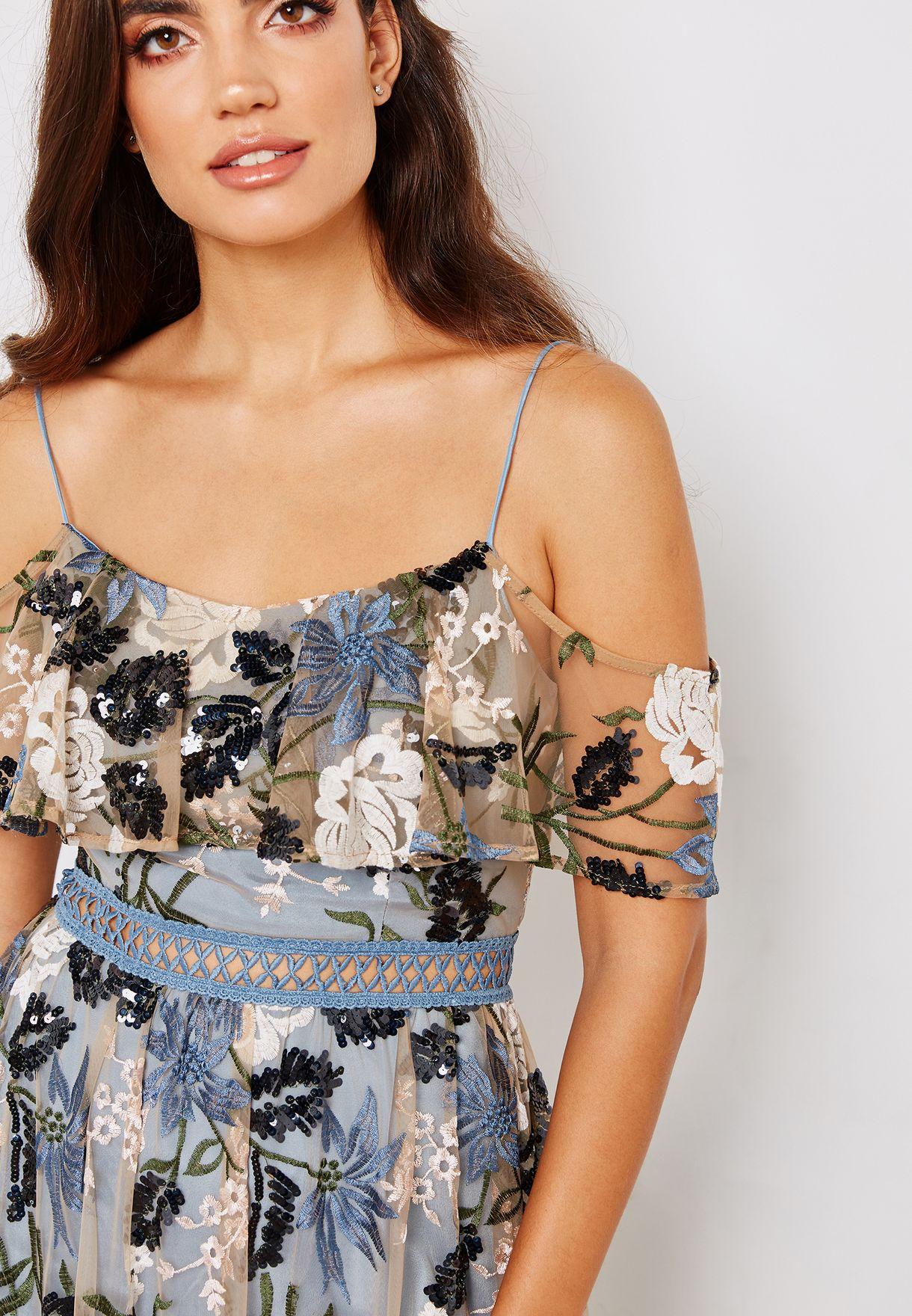 فستان مطرز مزين بالترتر