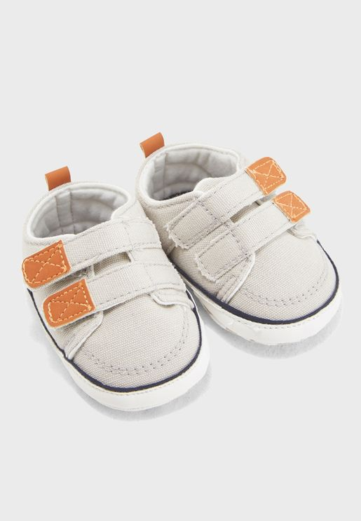 Infant Double Strap Sneaker Gift Box