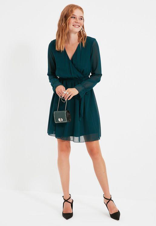 فستان لف باكمام شفافة
