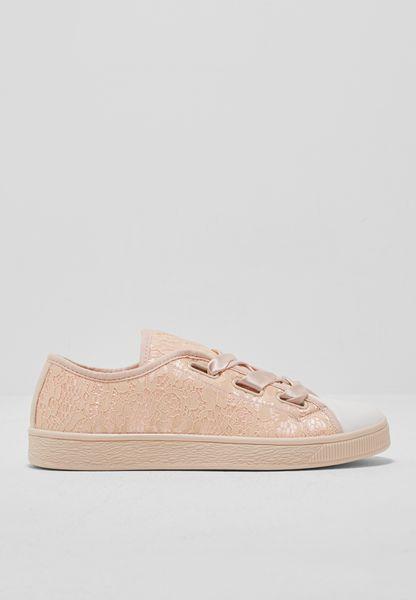 Pretty Lace Sneaker