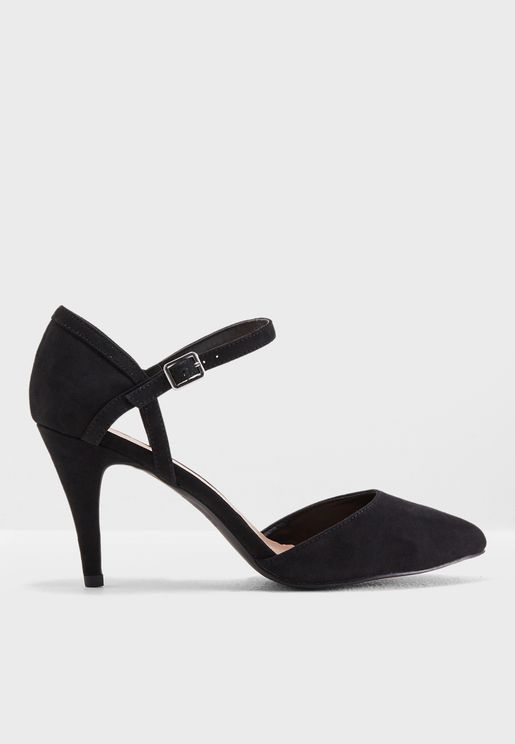 Cagey 2 Heeled Pumps
