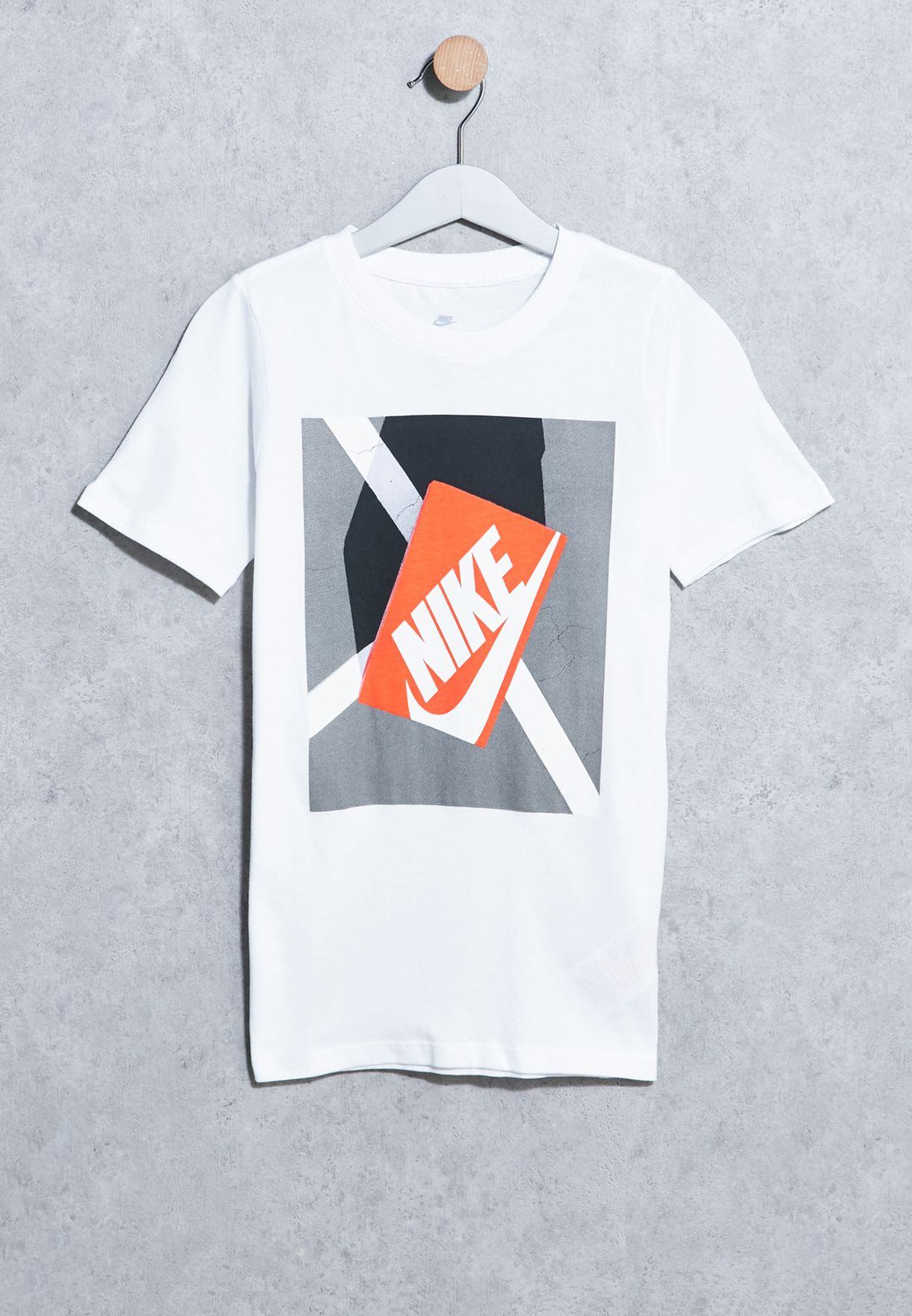 e914acf2fe4ef Shop Nike white Youth Shoe Box T-Shirt 838795-100 for Kids in UAE ...