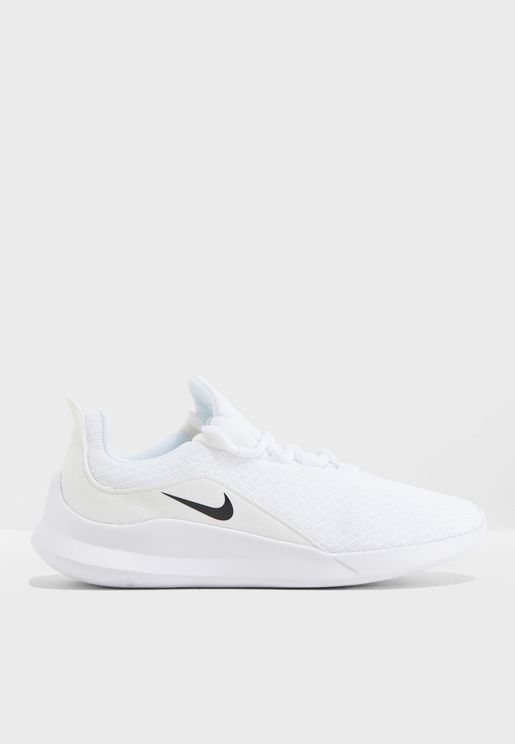 the latest 24c42 b56c9 Nike Shoes for Women   Online Shopping at Namshi UAE