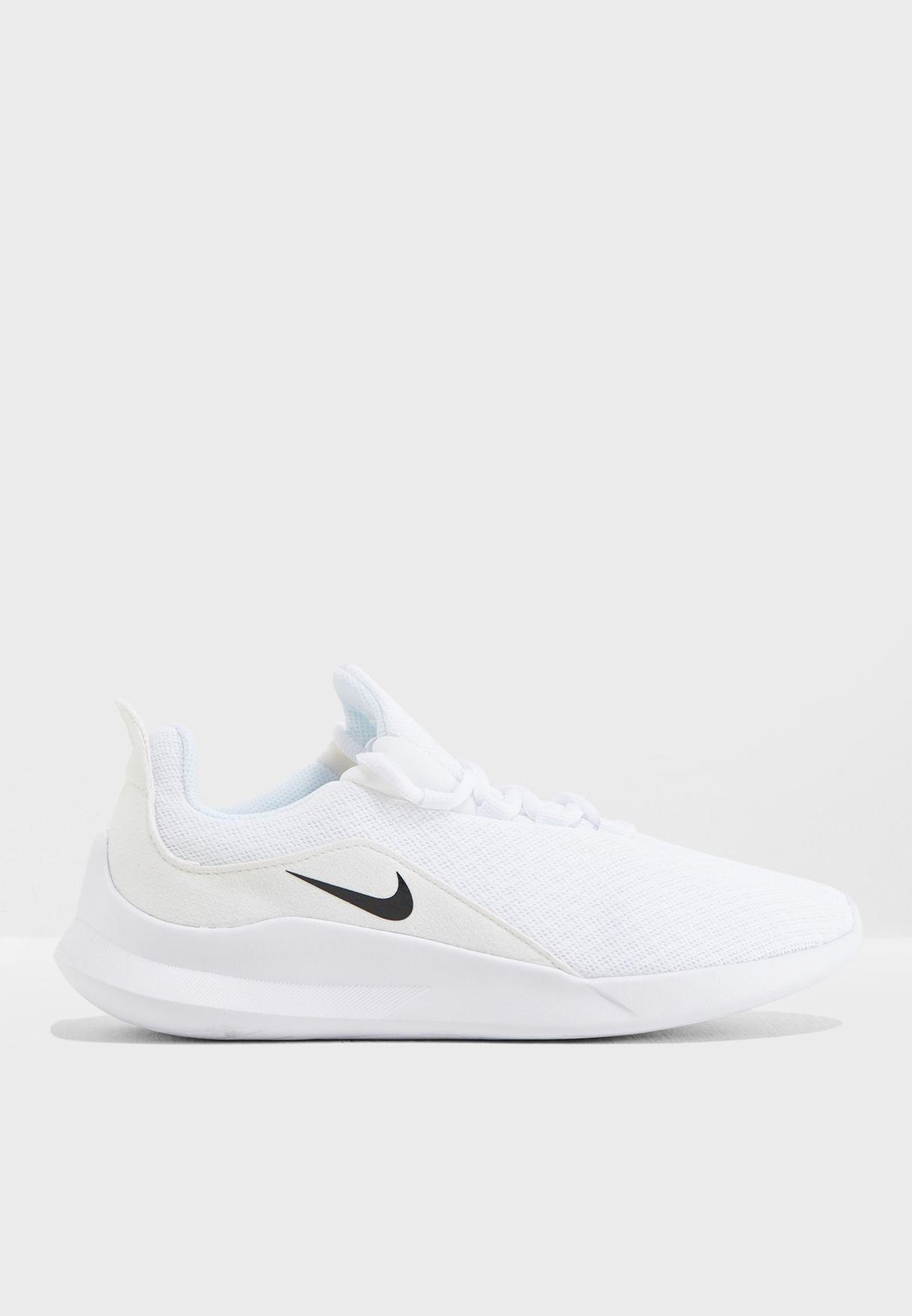 755dceb7f تسوق حذاء فيالي ماركة نايك لون أبيض AA2185-100 في السعودية ...