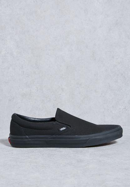 حذاء كلاسيكي سهل الارتداء