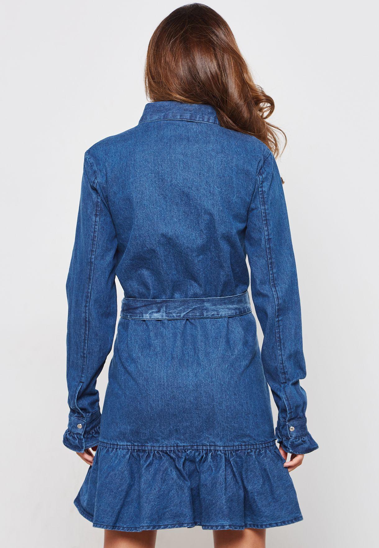 فستان جينز مزين بكشكش