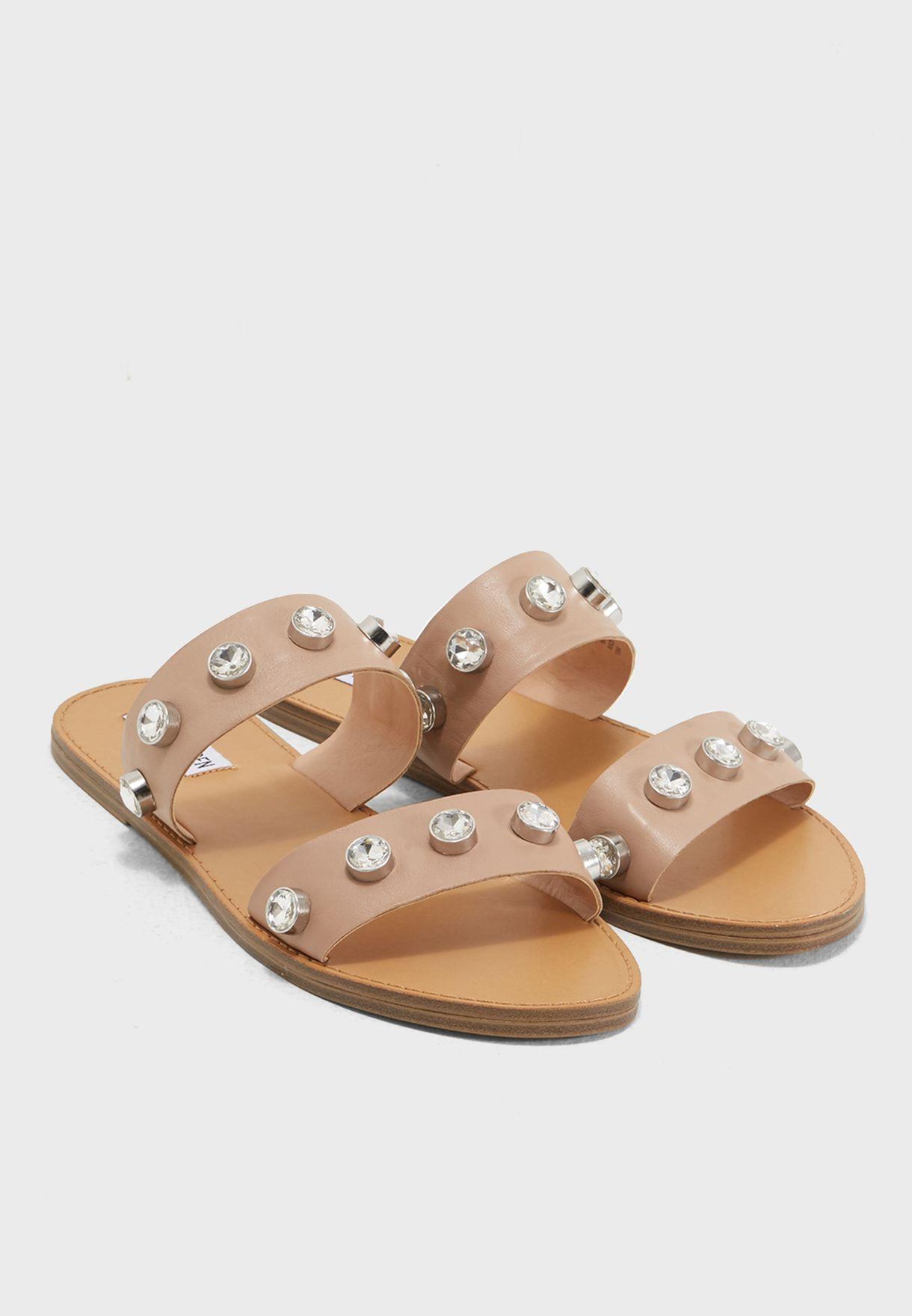 a0c4df75b626 Shop Steve Madden beige Jessy Flat Sandals JESSY for Women in UAE ...