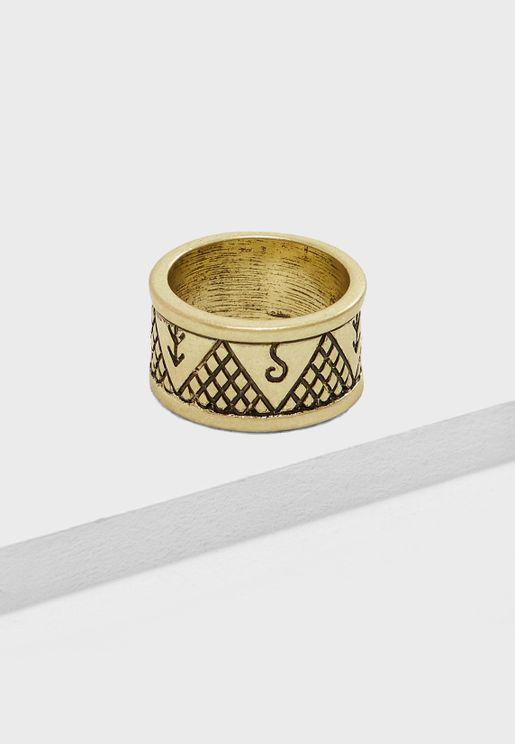 Engraved Detail Ring