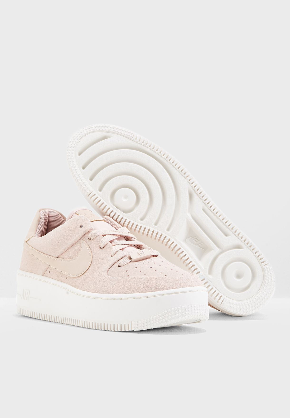 حذاء اير فورس 1 سيدج