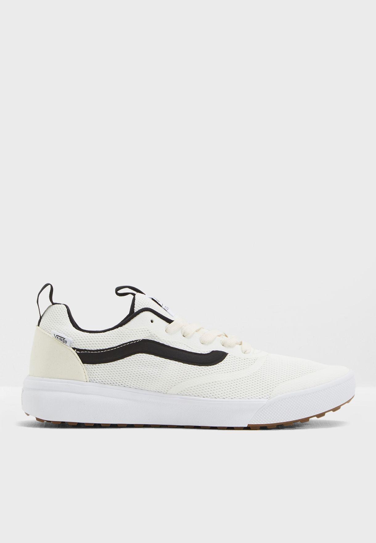 Shop Vans white Ultra Range Rapidweld Sneakers MVUFS8 for Men in ... 913fee0cd