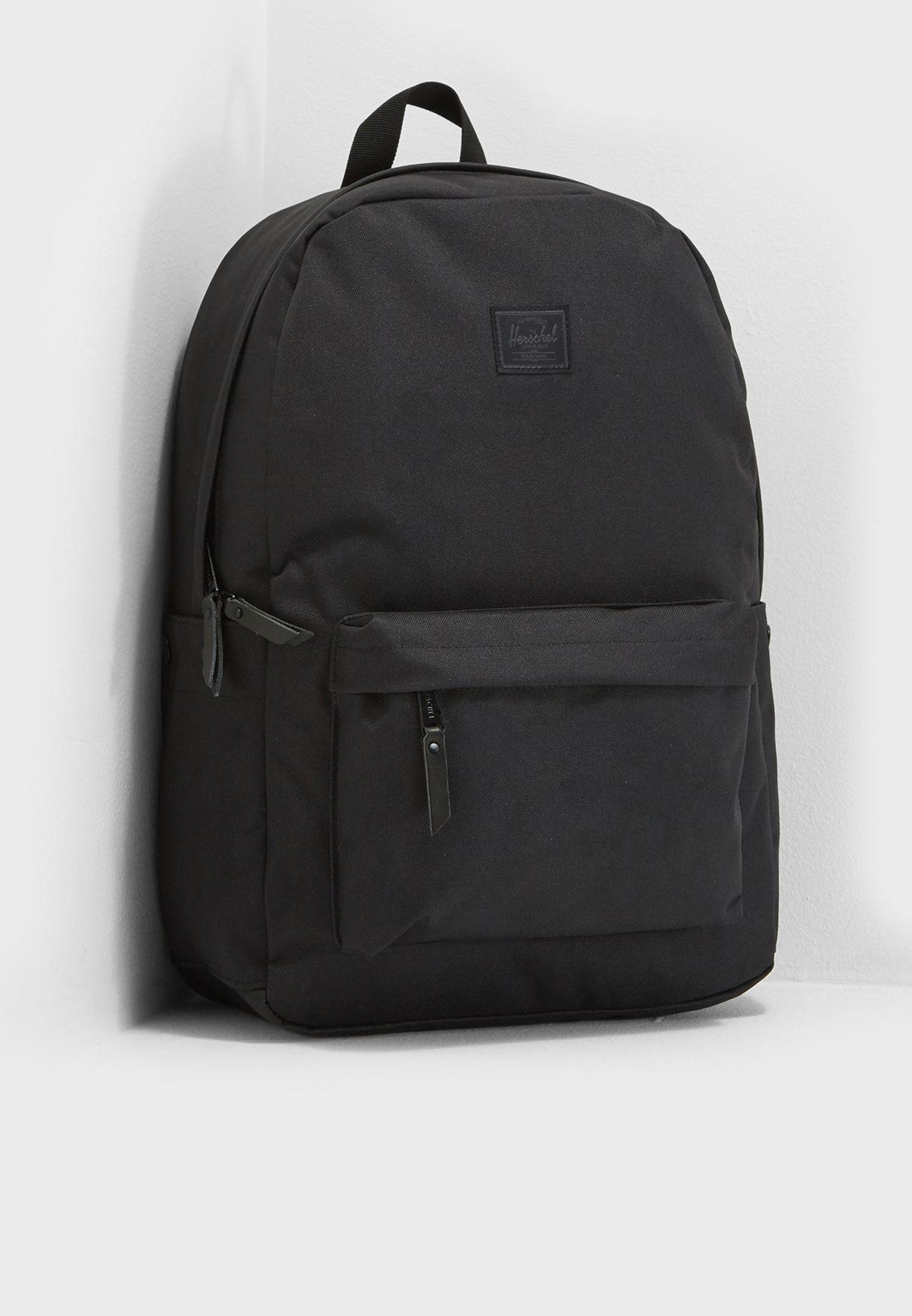 Shop Herschel black Winlaw Backpack 22L 10230-01814-OS for Men in ... dd5d3e7cac478
